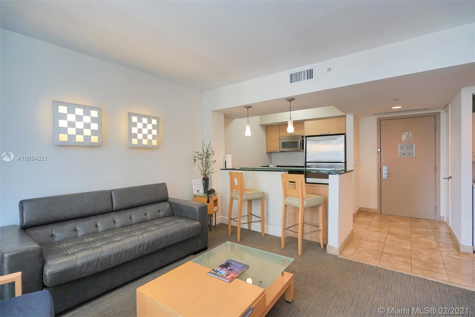 18683 Collins Ave #1409 photo02