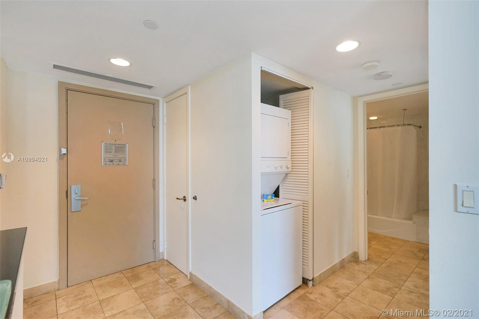18683 Collins Ave #1409 photo012