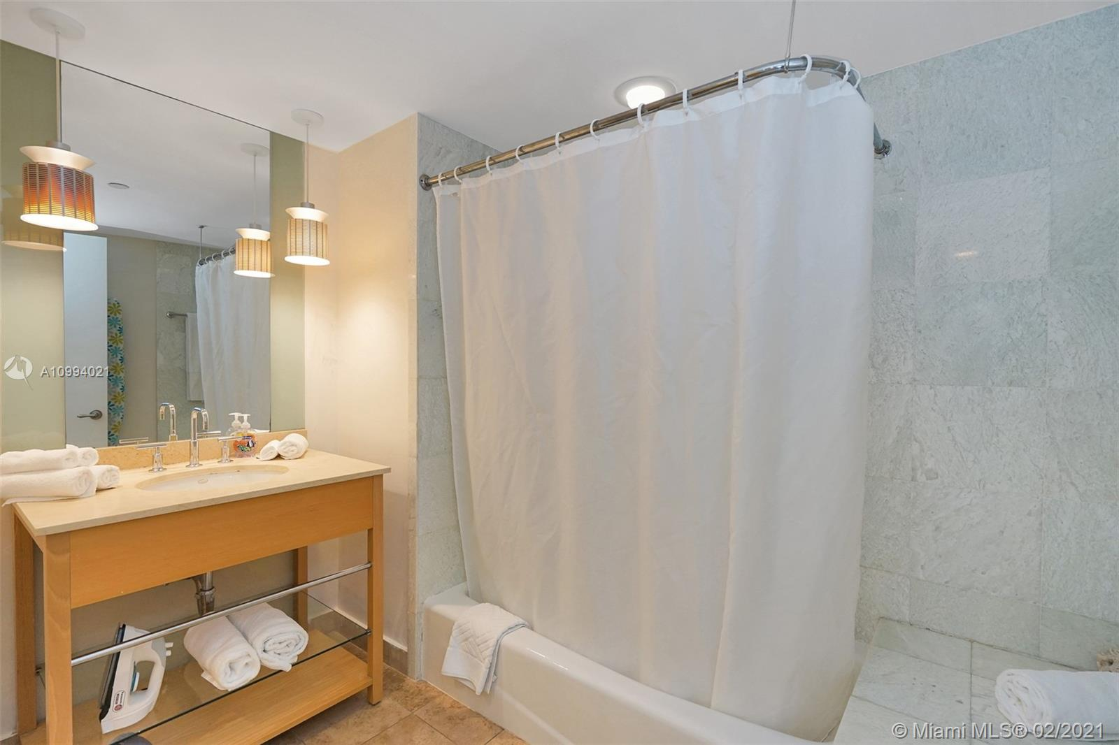 18683 Collins Ave #1409 photo018