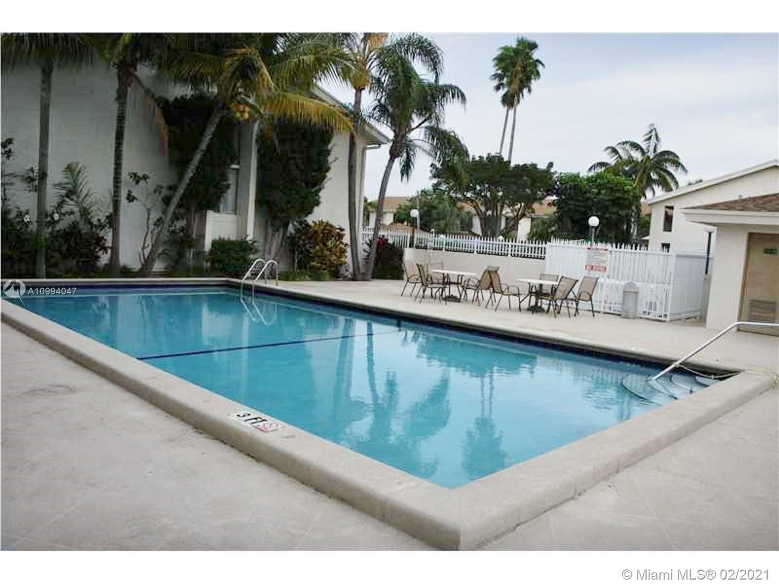 North Miami Beach #56 - 16 - photo