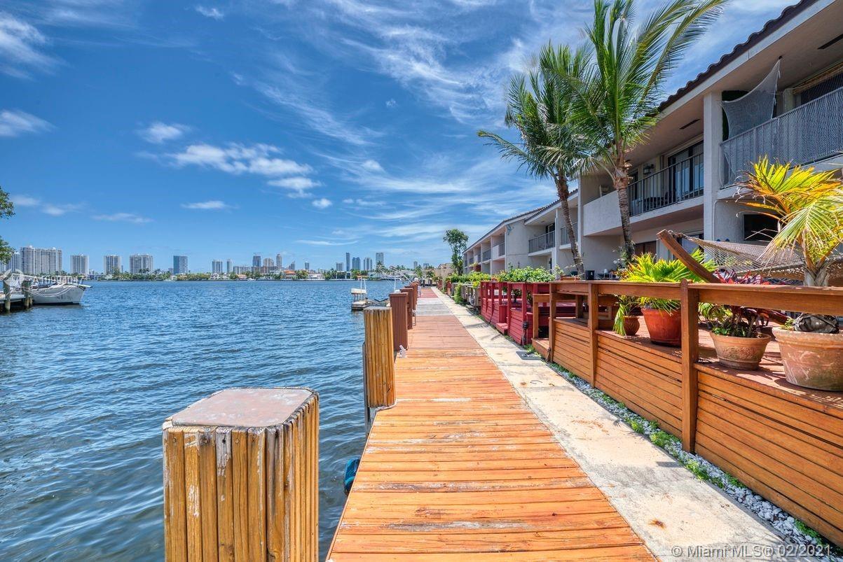 North Miami Beach #56 - 14 - photo
