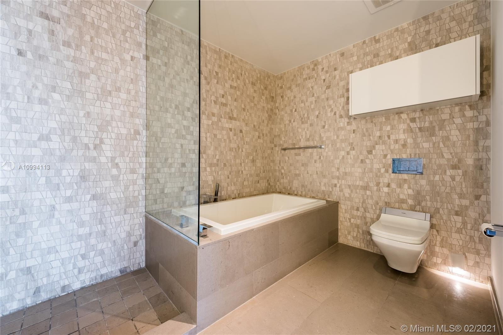 Brickell City Centre #2903 photo04