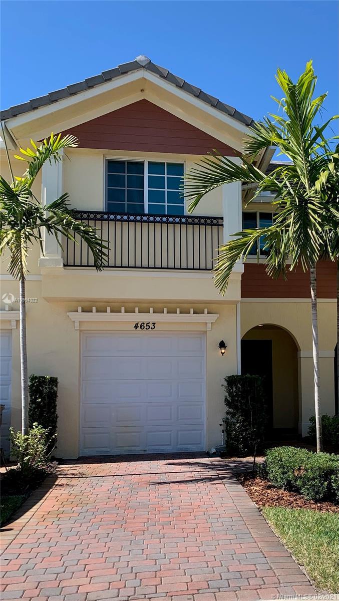 Property for sale at 4653 Horseshoe Cir Unit: B, Davie,  Florida 33328