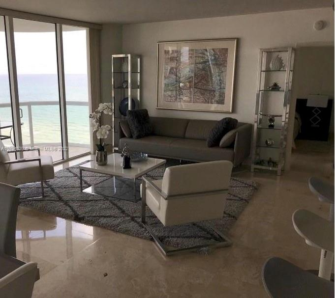 6365 Collins Ave #1508 photo09