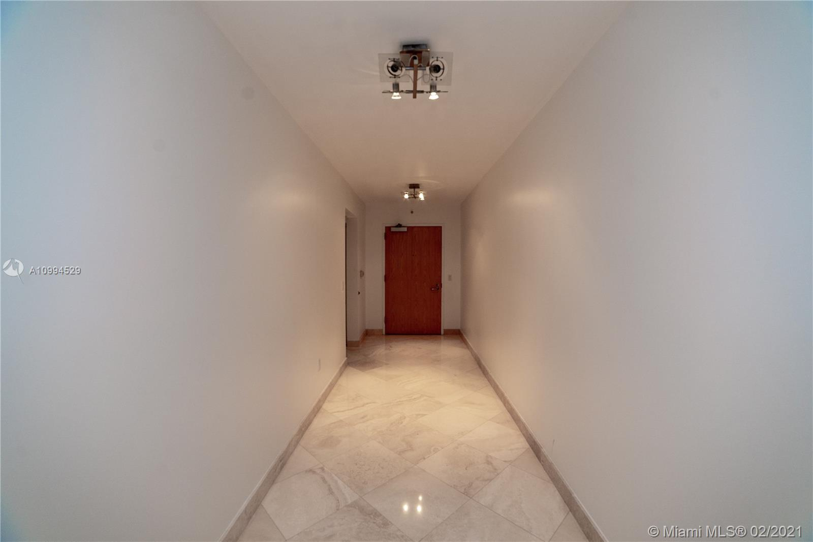 16400 Collins Ave #1746 photo03
