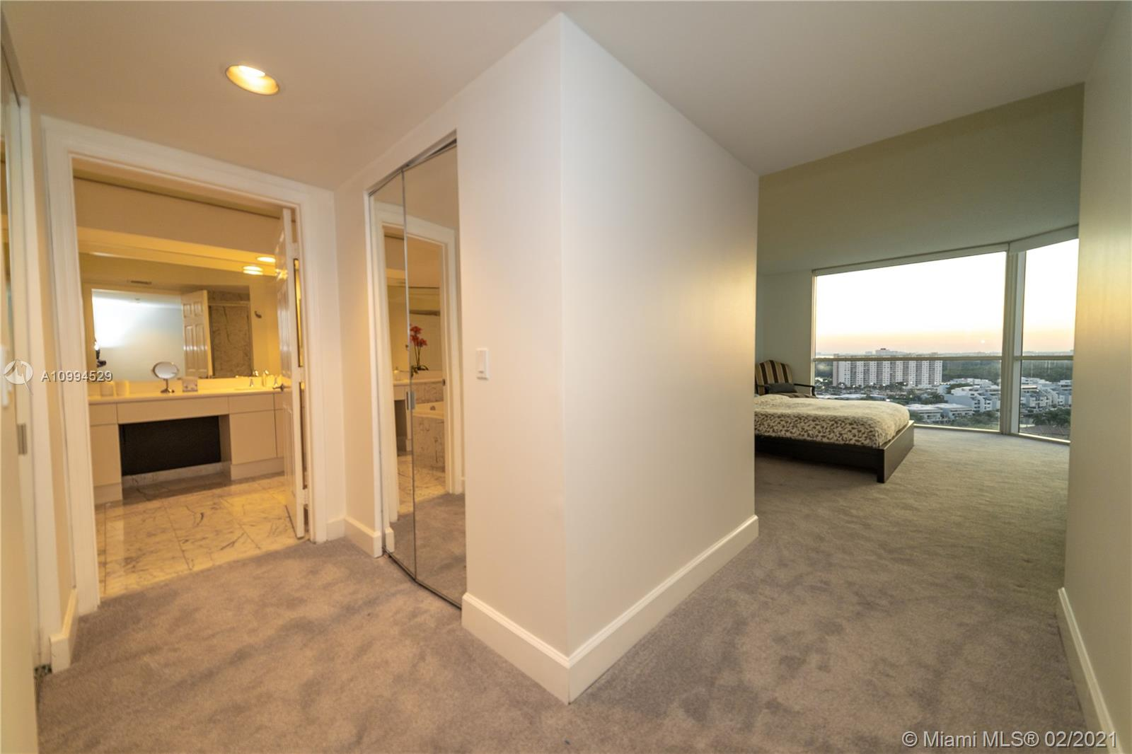 16400 Collins Ave #1746 photo05