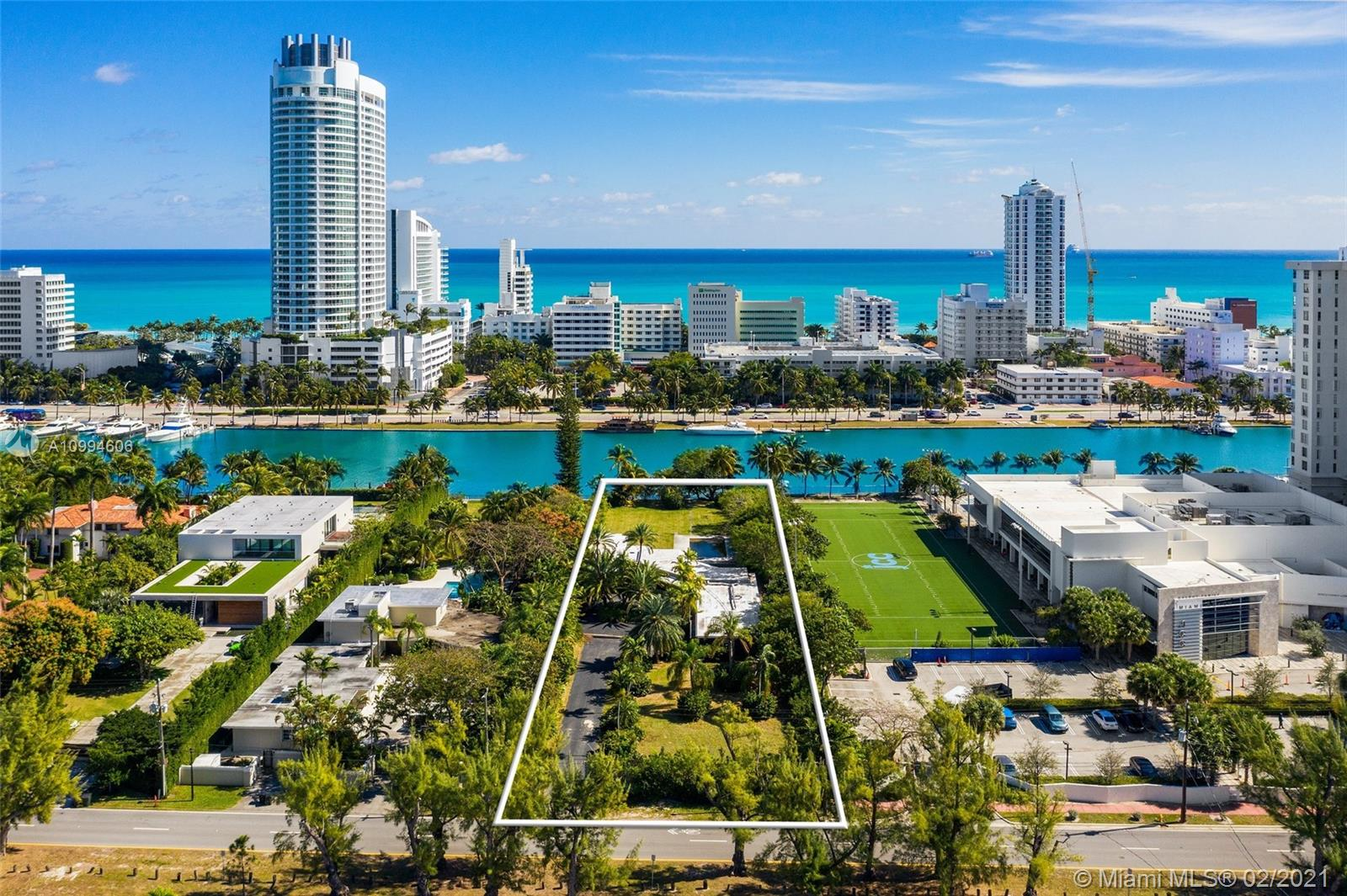 Nautilus - 4333 Pine Tree Dr, Miami Beach, FL 33140