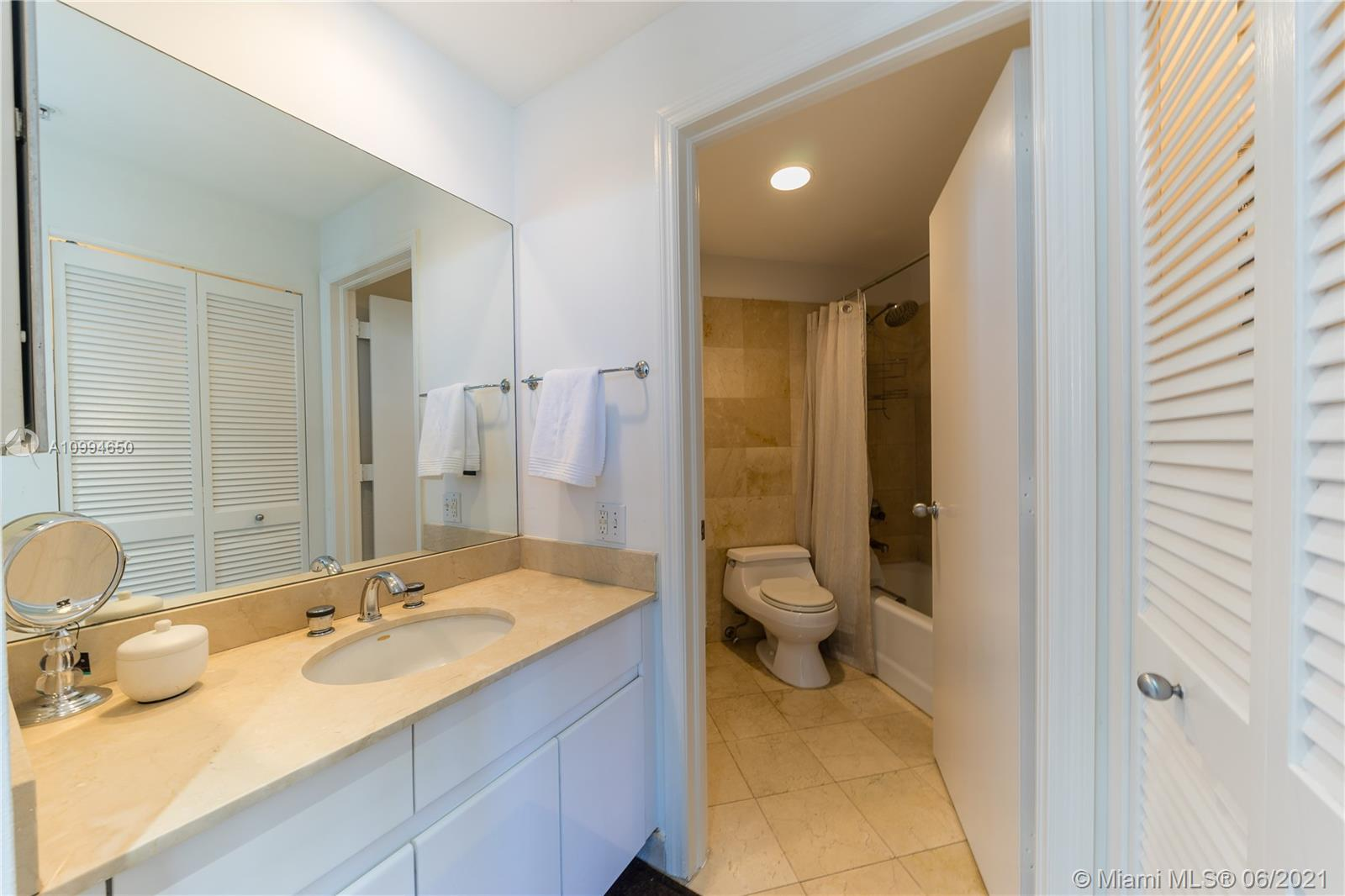 888 Brickell Key Dr #1202 photo06