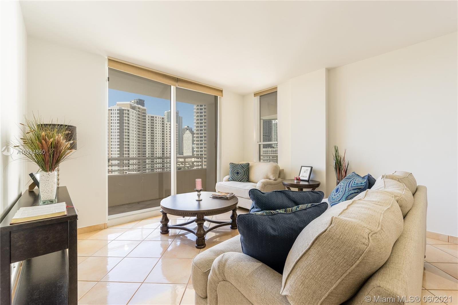 888 Brickell Key Dr #1202 photo01