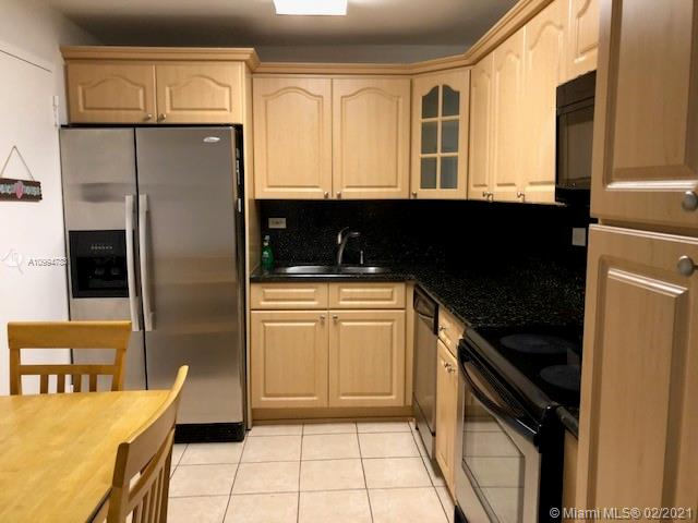 6039 Collins Ave #1605 photo04