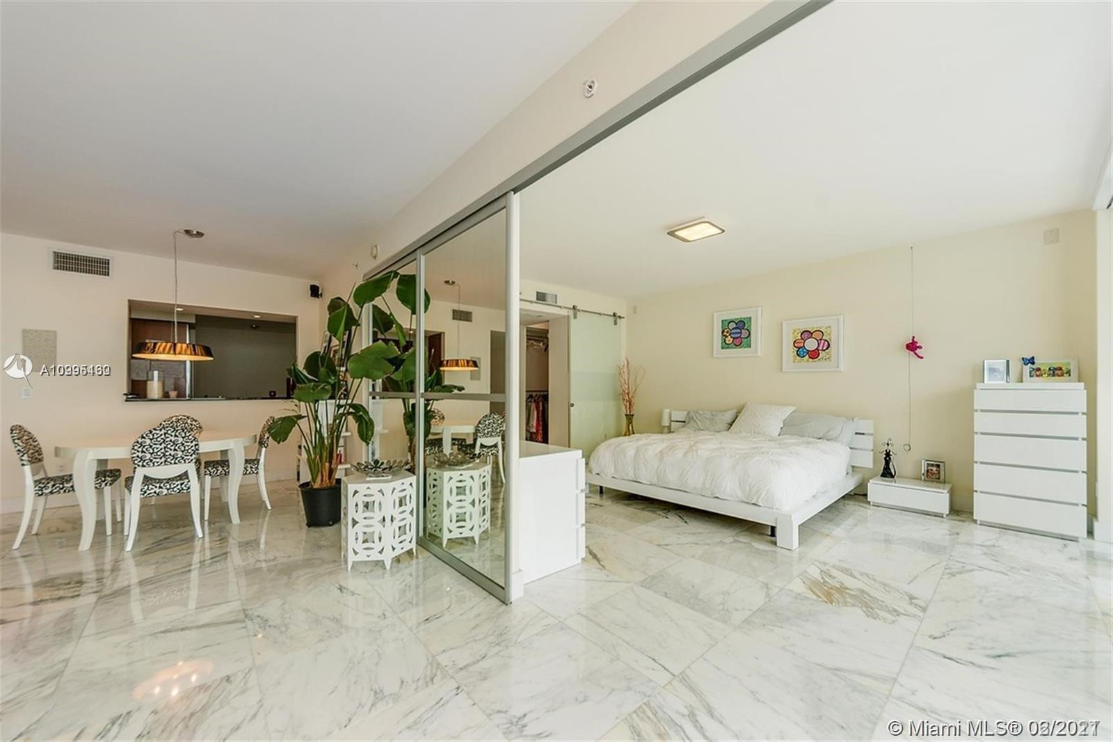 1331 Brickell Bay Dr #1407 photo06