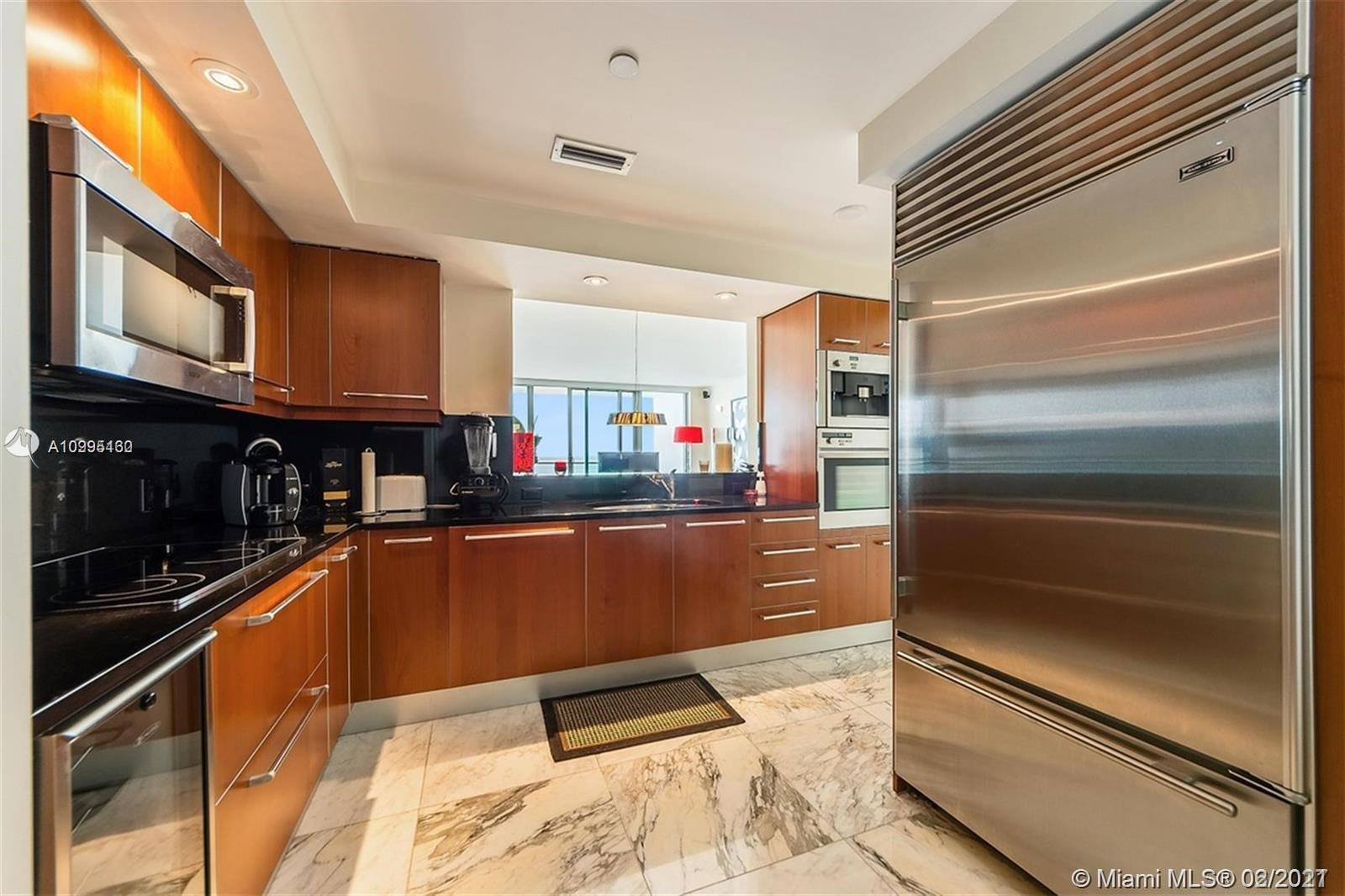 1331 Brickell Bay Dr #1407 photo03