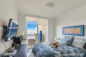 17875 COLLINS AVE #3302 photo09