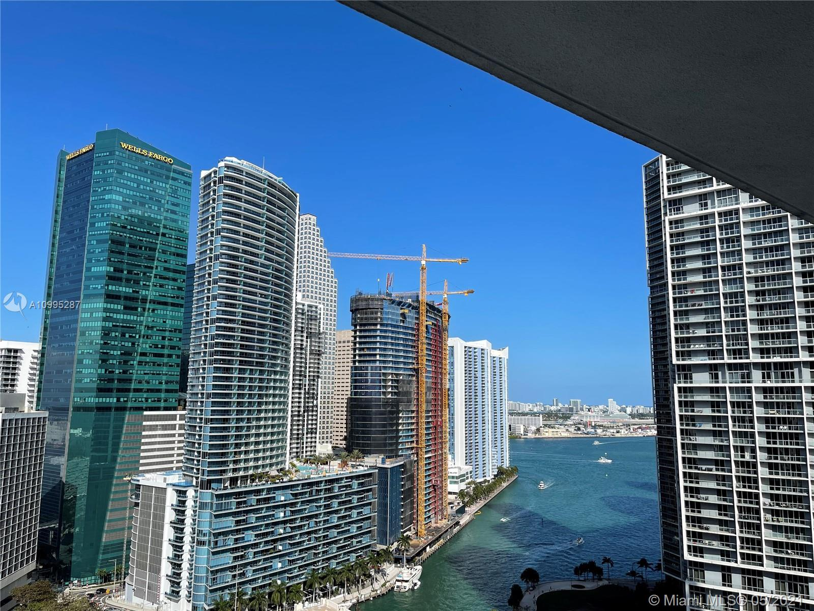 500 Brickell #2707 photo17