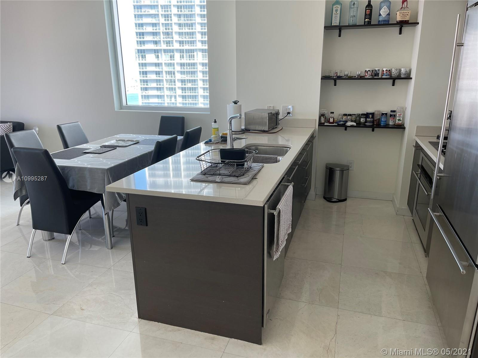500 Brickell #2707 photo12