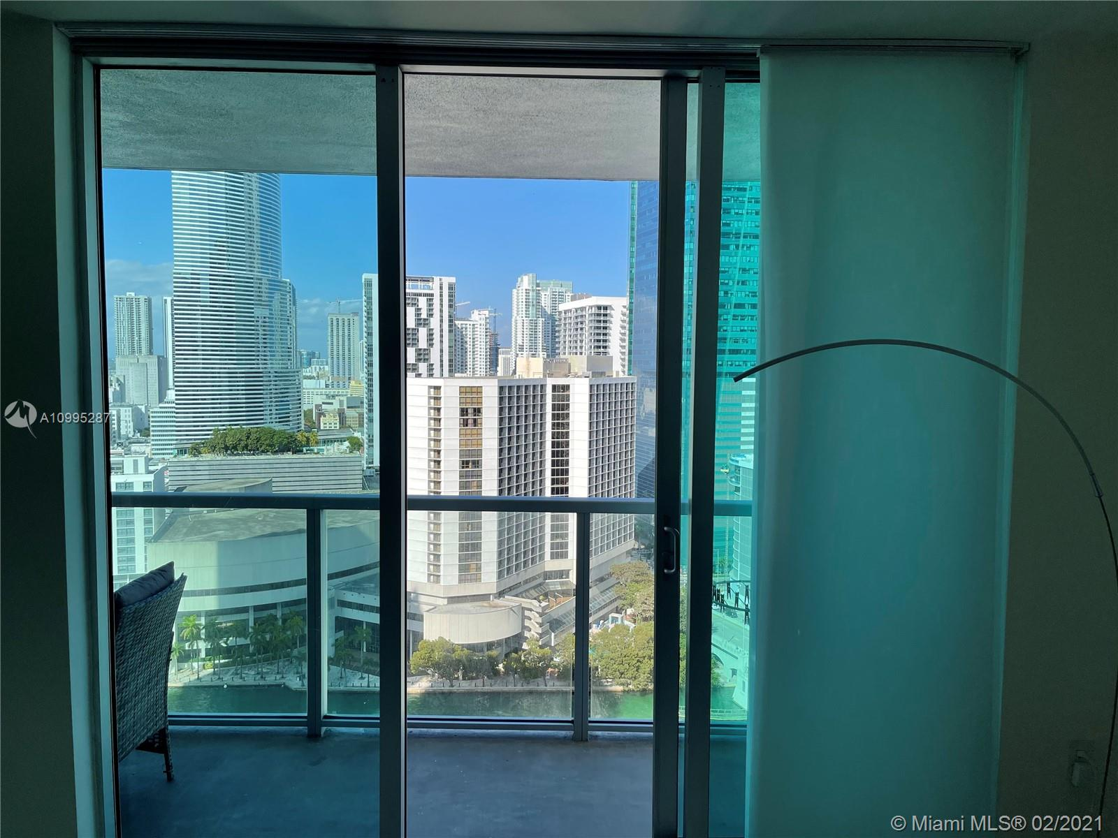 500 Brickell #2707 photo22