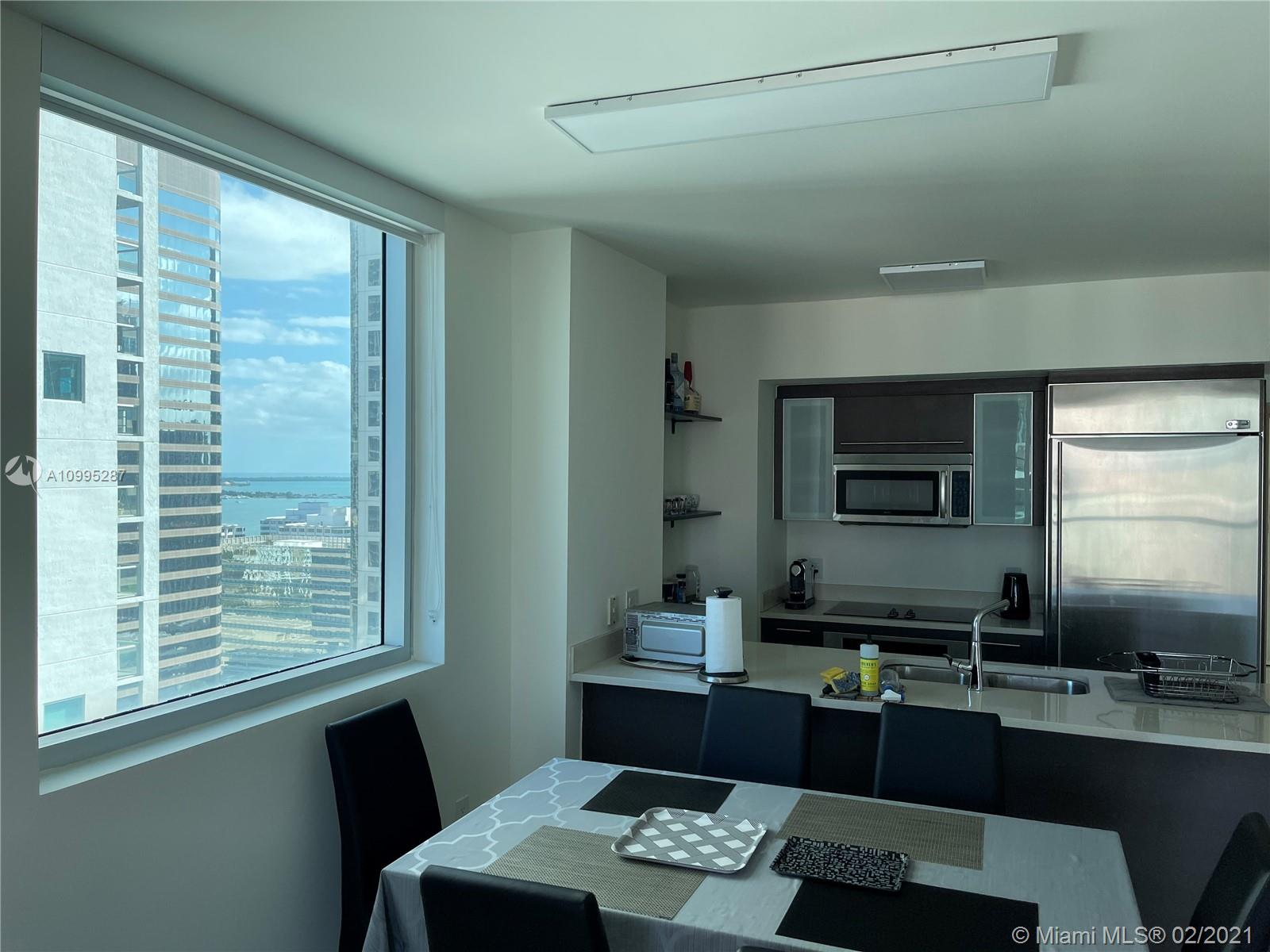 500 Brickell #2707 photo10