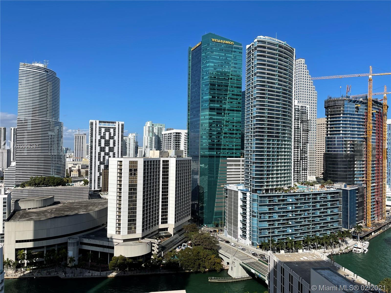 500 Brickell #2707 photo21