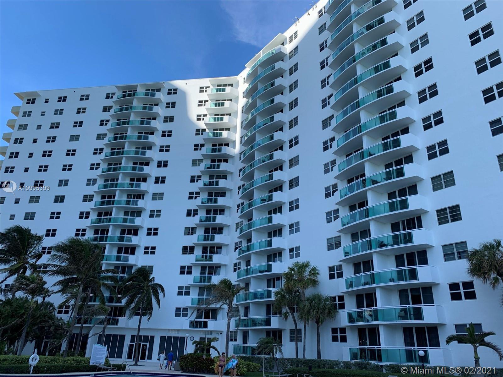 Residences on Hollywood East Tower #117 - 3001 S Ocean Dr #117, Hollywood, FL 33019
