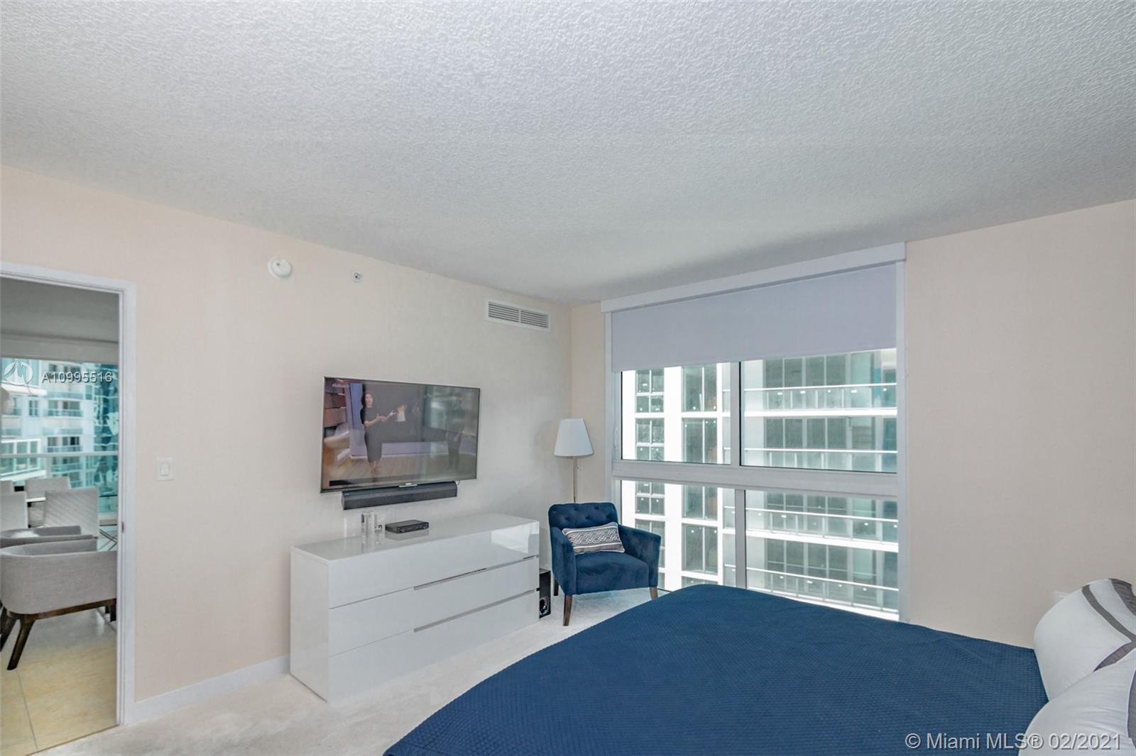 250 Sunny Isles Blvd #31203 photo036