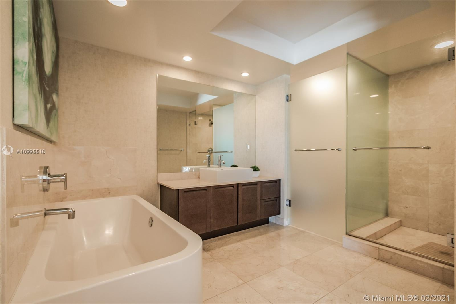 250 Sunny Isles Blvd #31203 photo038