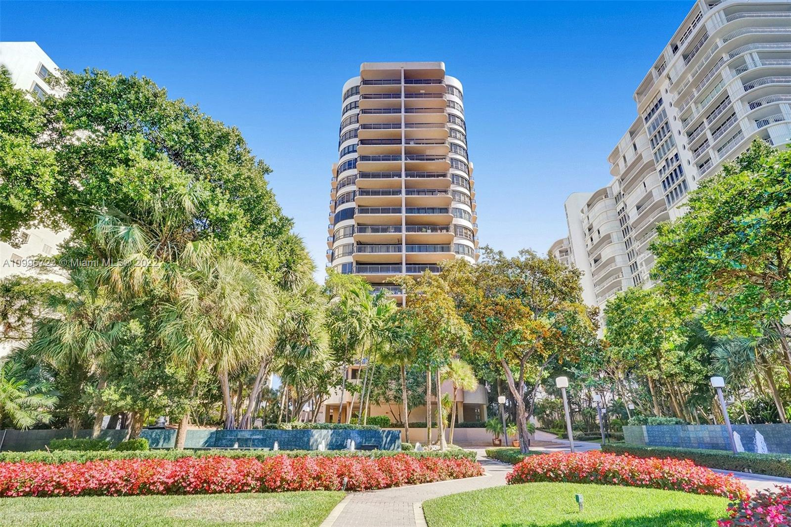 Tiffany #404 - 10175 Collins Ave #404, Bal Harbour, FL 33154