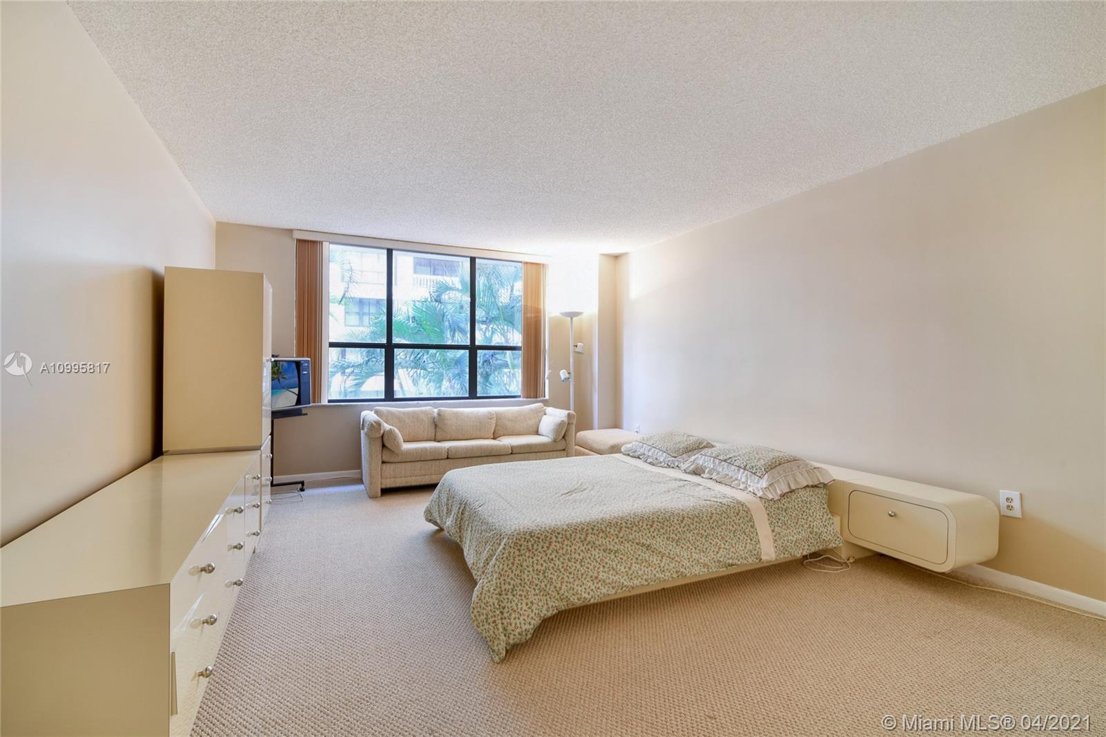 9801 Collins Ave #5H photo023