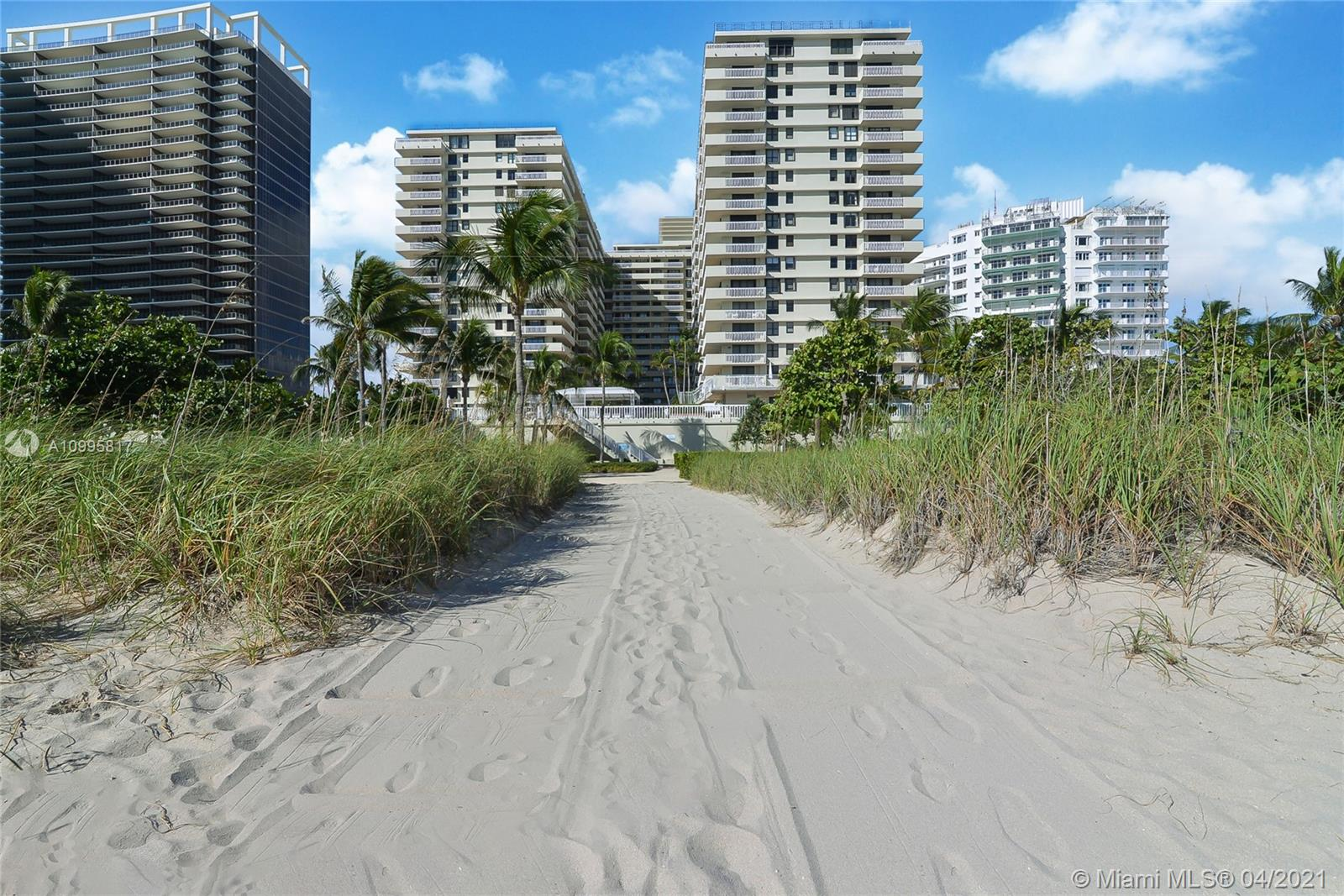 9801 Collins Ave #5H photo016