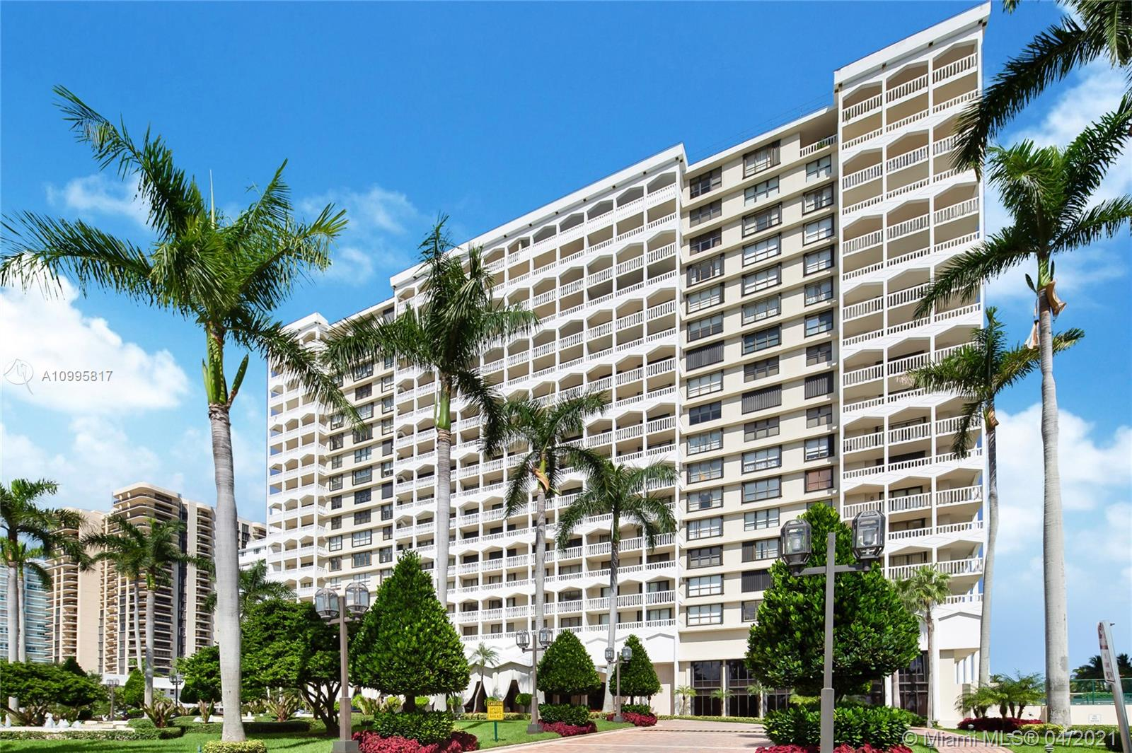 9801 Collins Ave #5H photo03