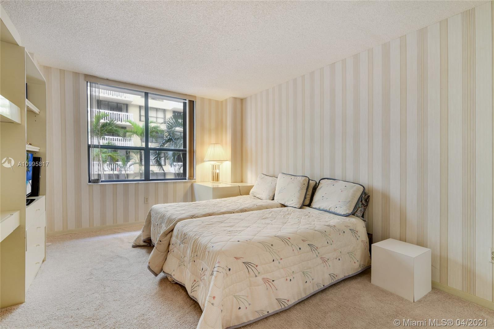 9801 Collins Ave #5H photo025