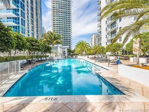 1060 Brickell East Tower #416 - 1050 Brickell Ave #416, Miami, FL 33131