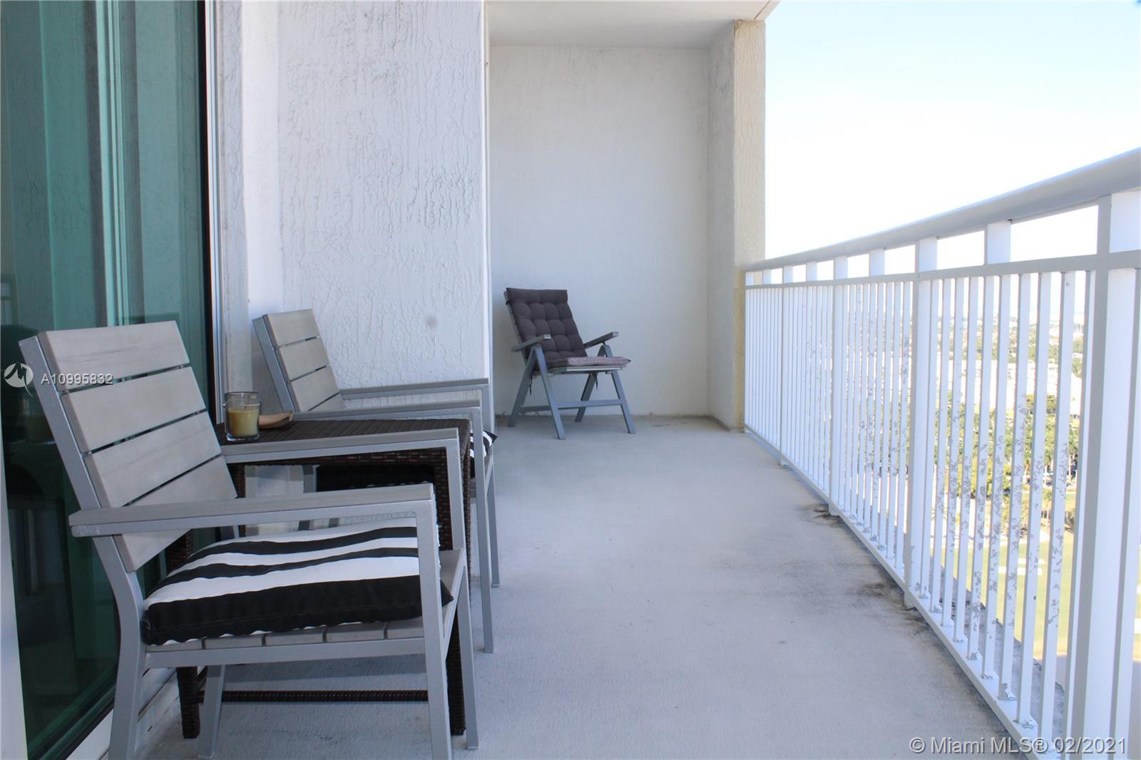 1745 E Hallandale Beach Blvd #2305W photo030