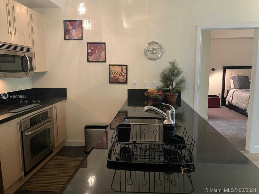 1111 SW 1st Ave #2222-N photo04