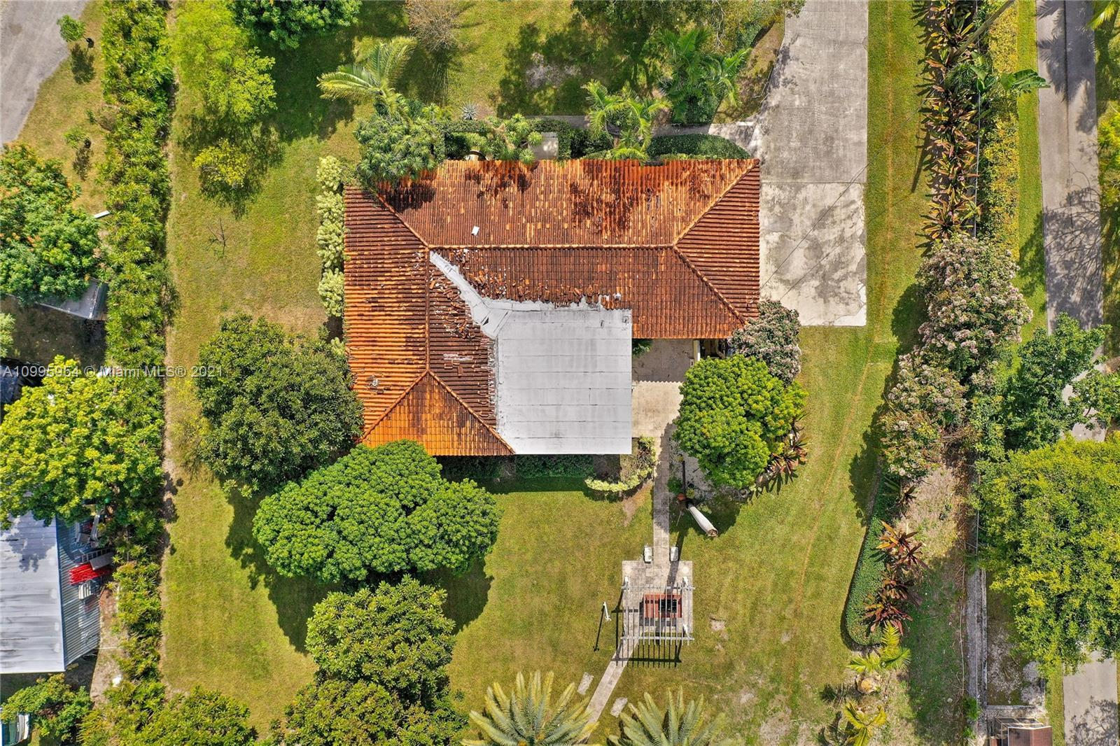 12275 SW 45th St photo065