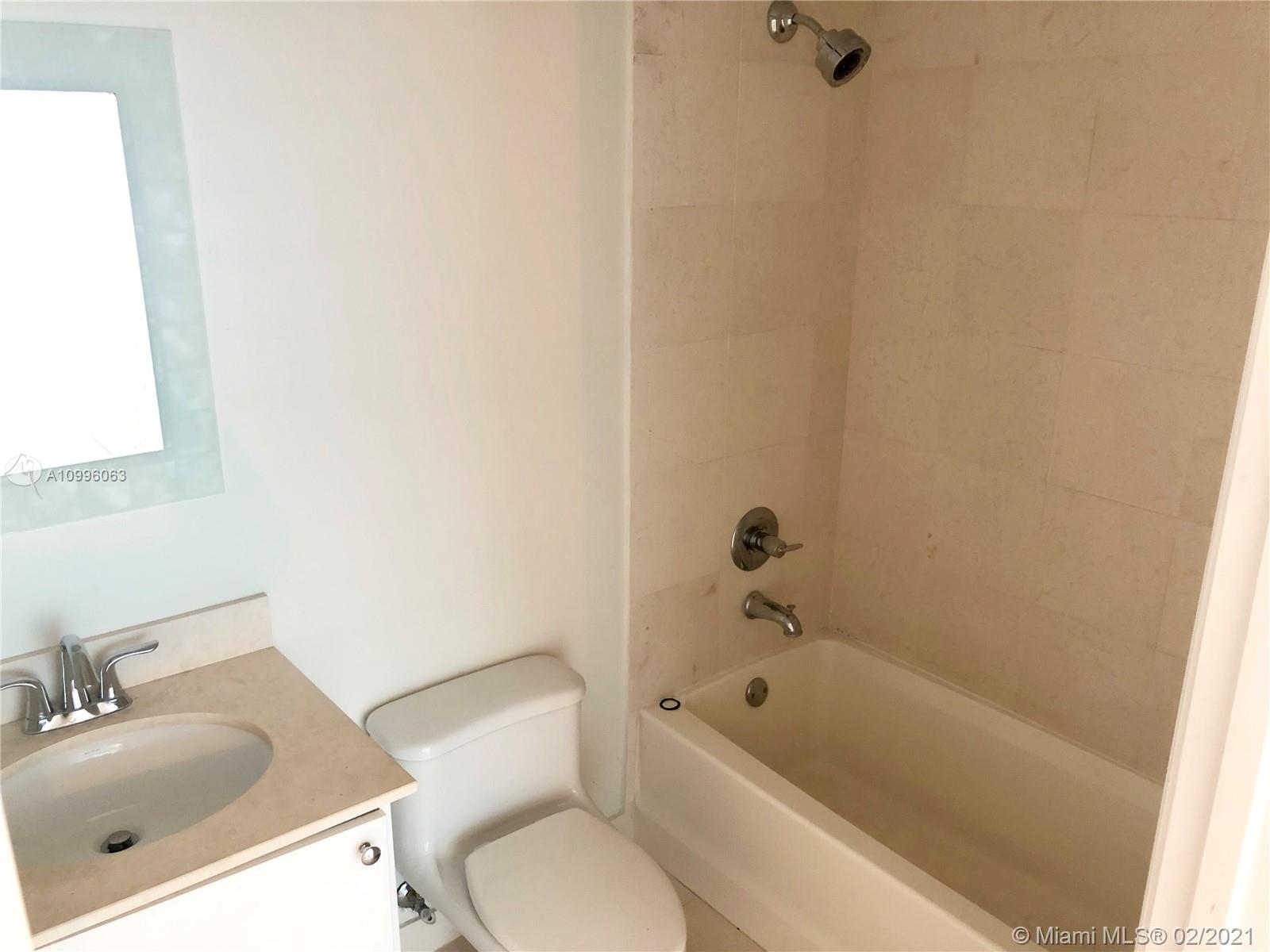 60 SW 13th St #2818 photo010