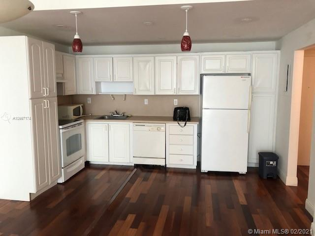19390 Collins Ave #514 photo07