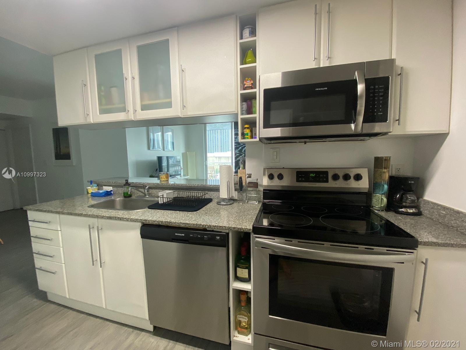 1800 Biscayne Plaza #805 - 275 NE 18th St #805, Miami, FL 33132