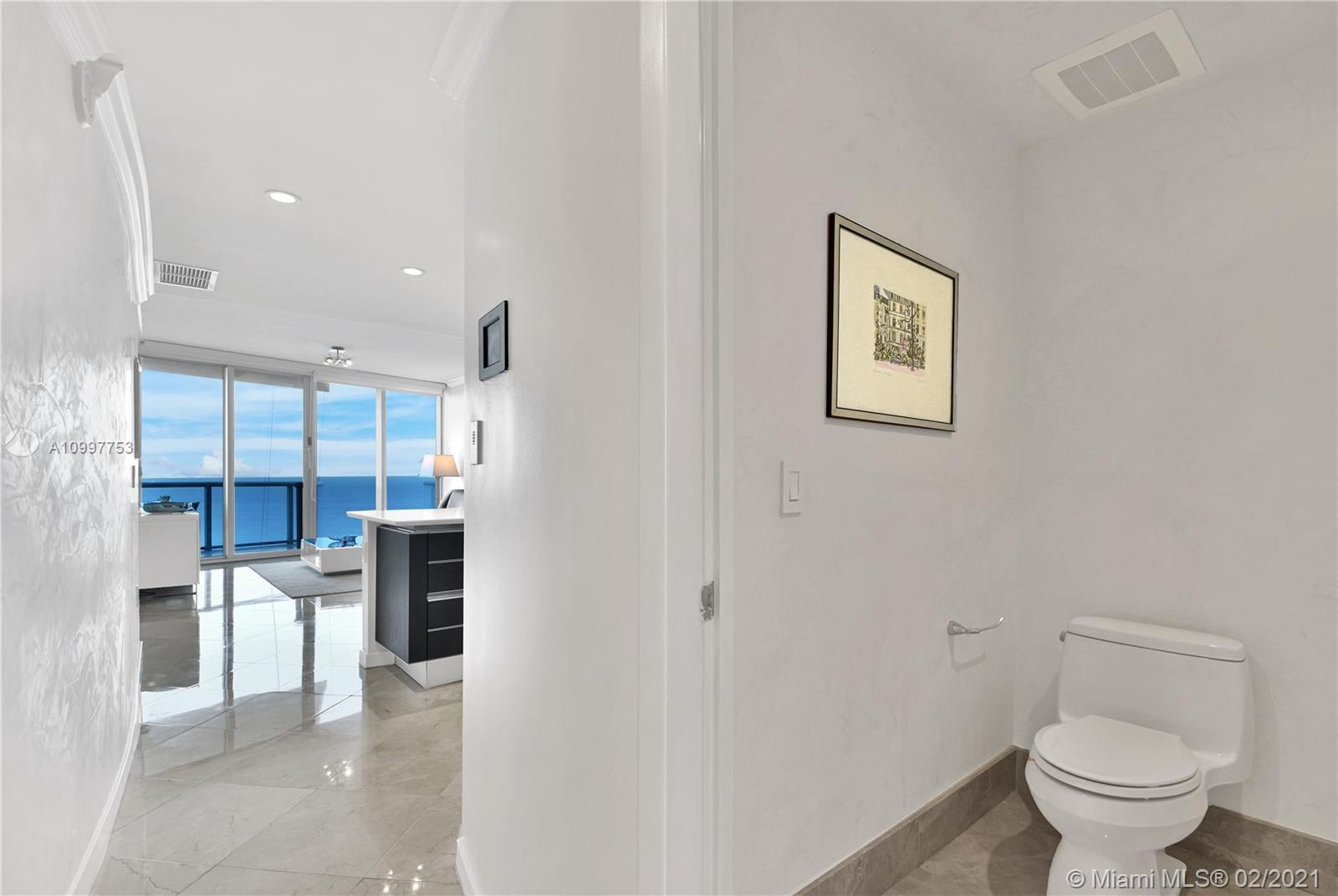 17001 Collins Ave #1103 photo016
