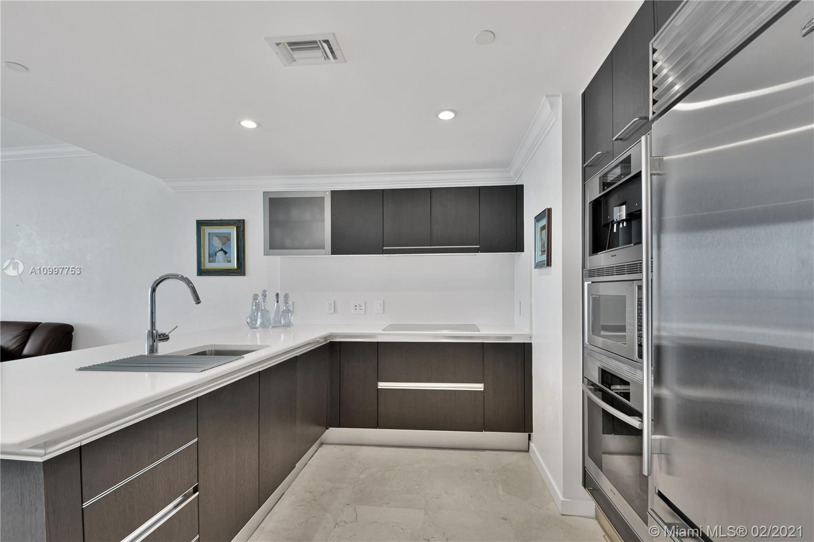 17001 Collins Ave #1103 photo029