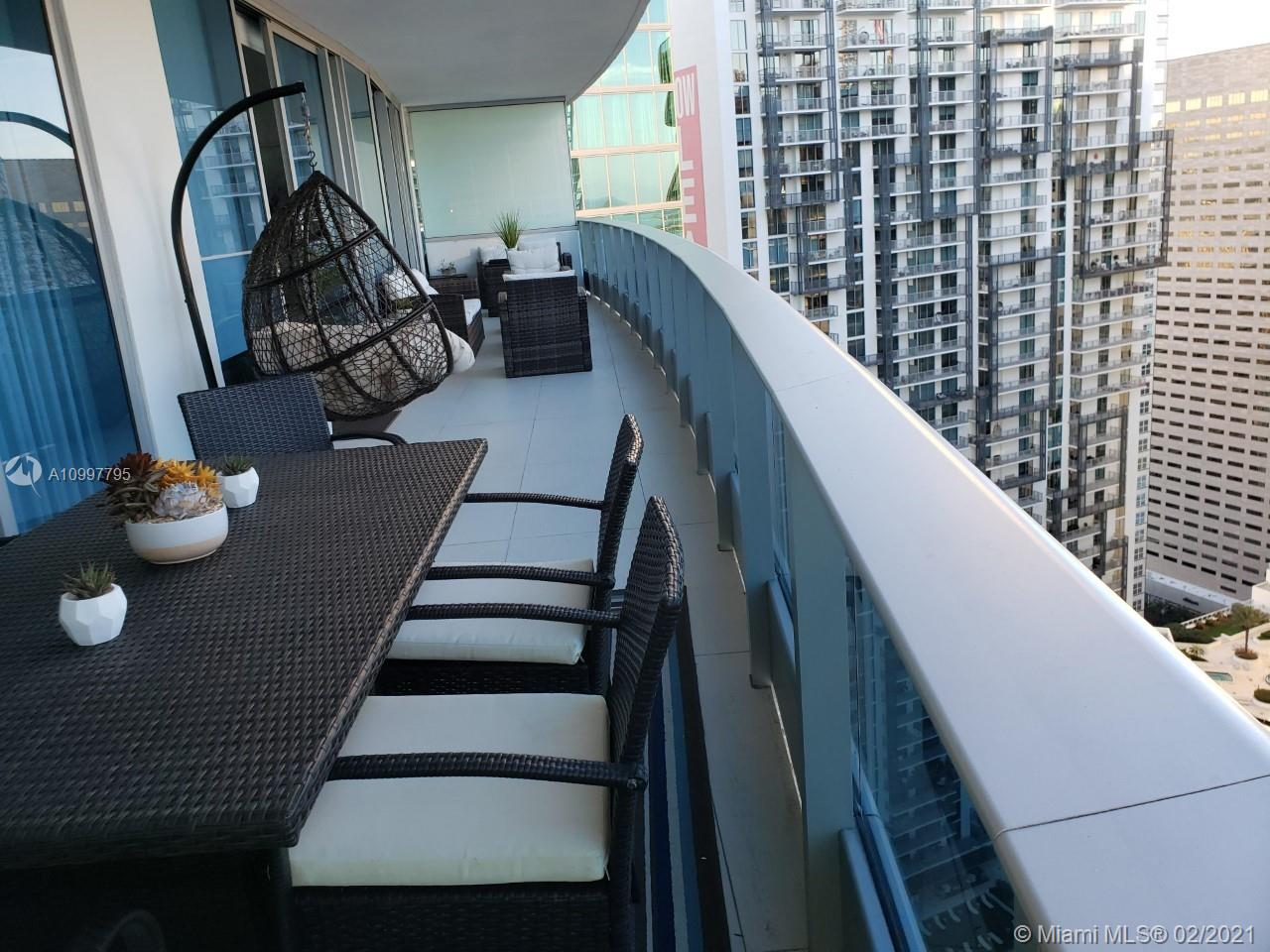 Epic Residences #4203 - 200 Biscayne Boulevard Way #4203, Miami, FL 33131