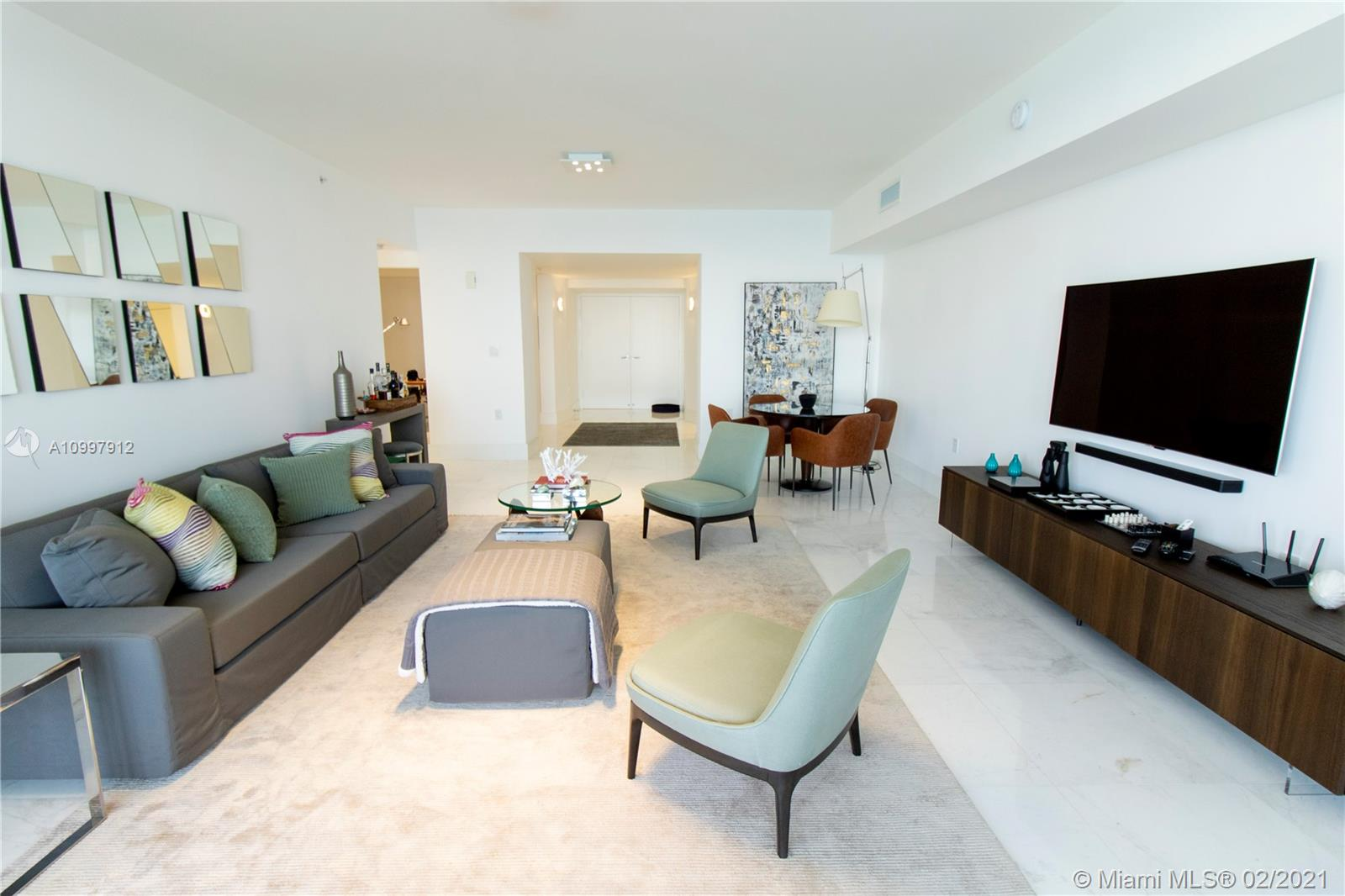 16275 Collins Ave #1501 photo06