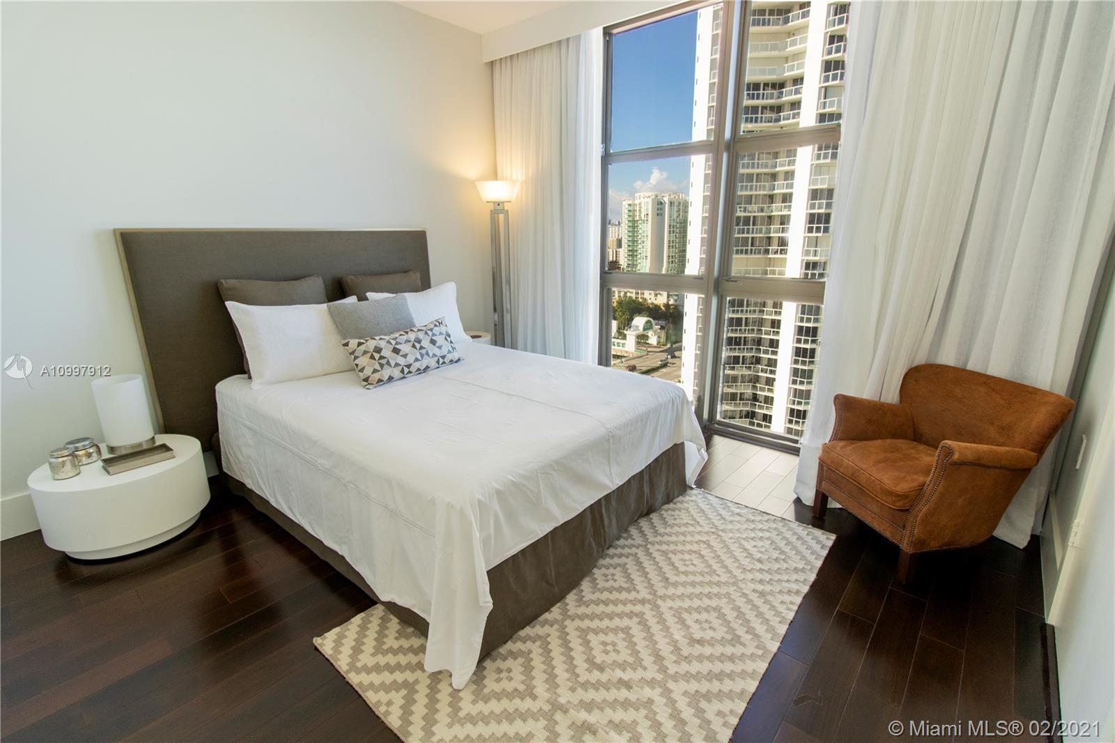 16275 Collins Ave #1501 photo032