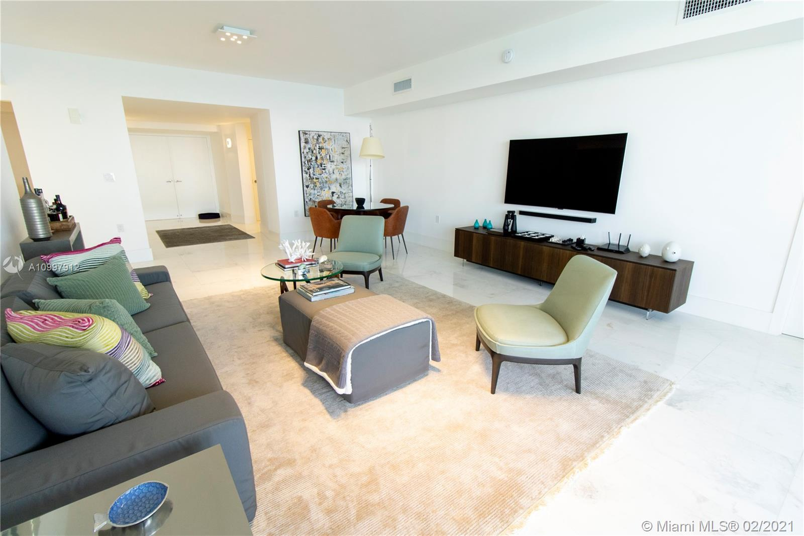 16275 Collins Ave #1501 photo05