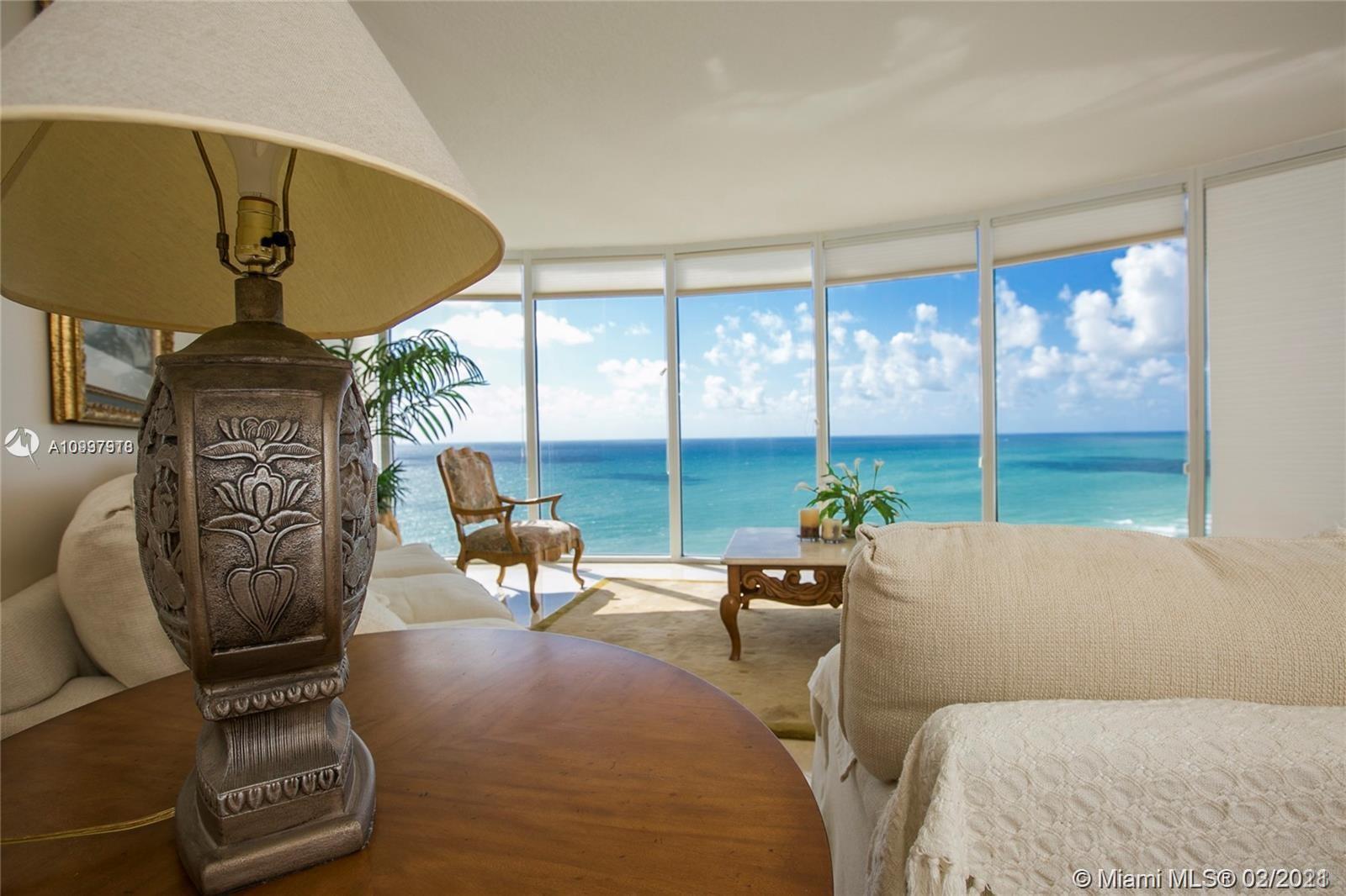 Pinnacle #2606 - 17555 Collins Ave #2606, Sunny Isles Beach, FL 33160