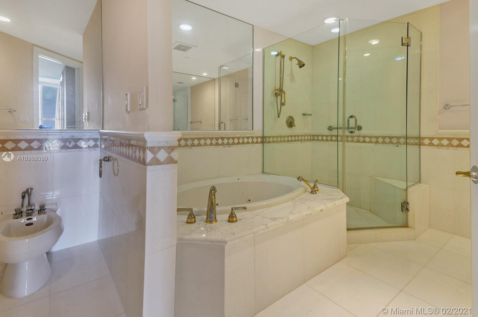 10225 Collins Ave #503 photo024