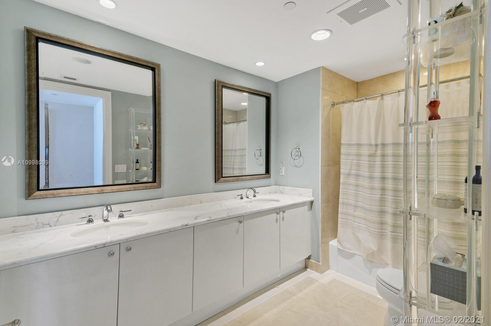 10225 Collins Ave #503 photo021