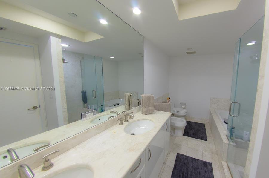 1331 BRICKELL BAY DR #1106 photo04