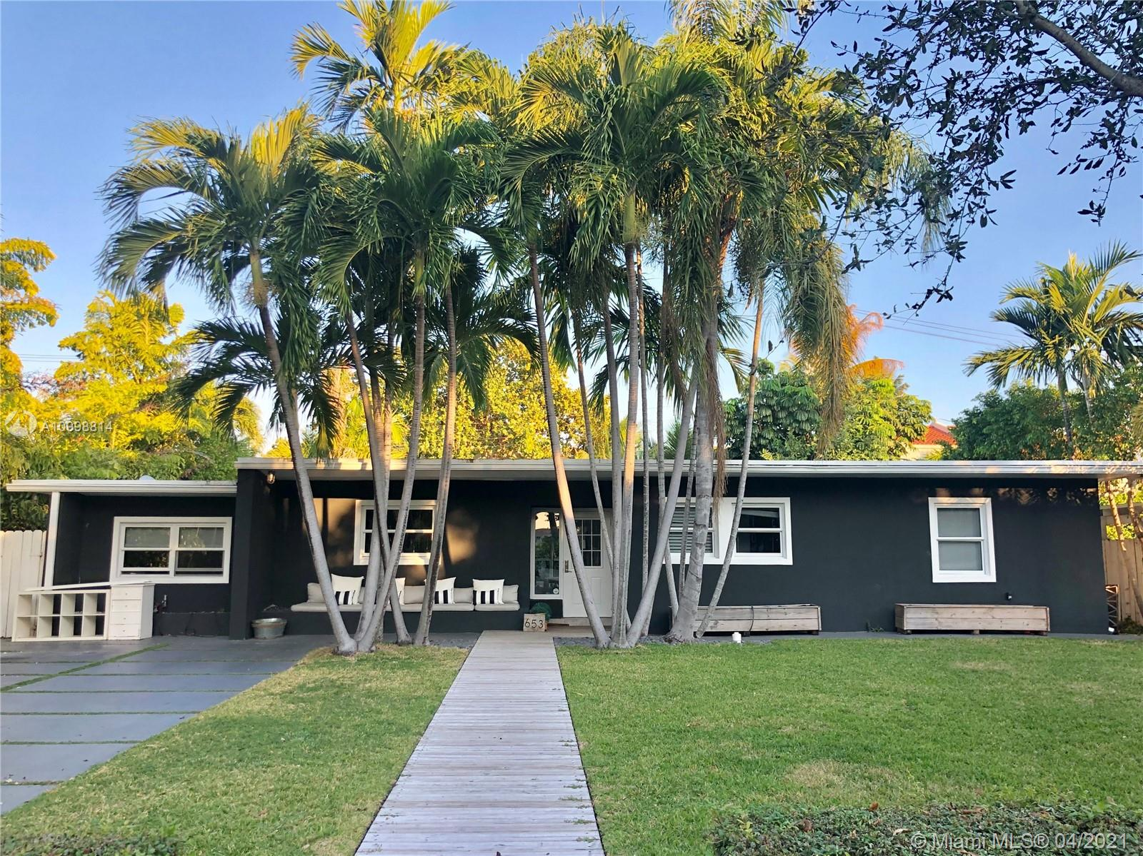 Biscayne Key Estates - 653 Glenridge Rd, Key Biscayne, FL 33149
