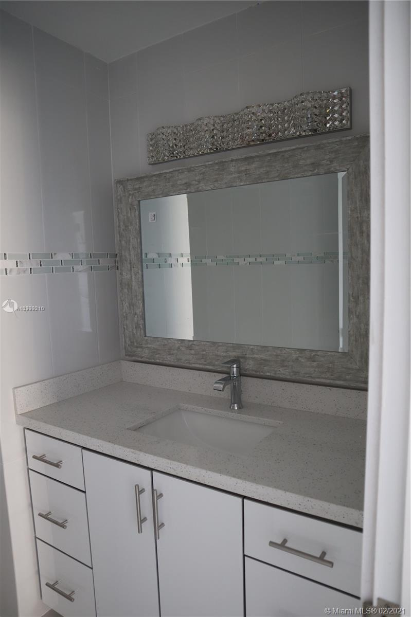 18051 Biscayne Blvd #301 photo06