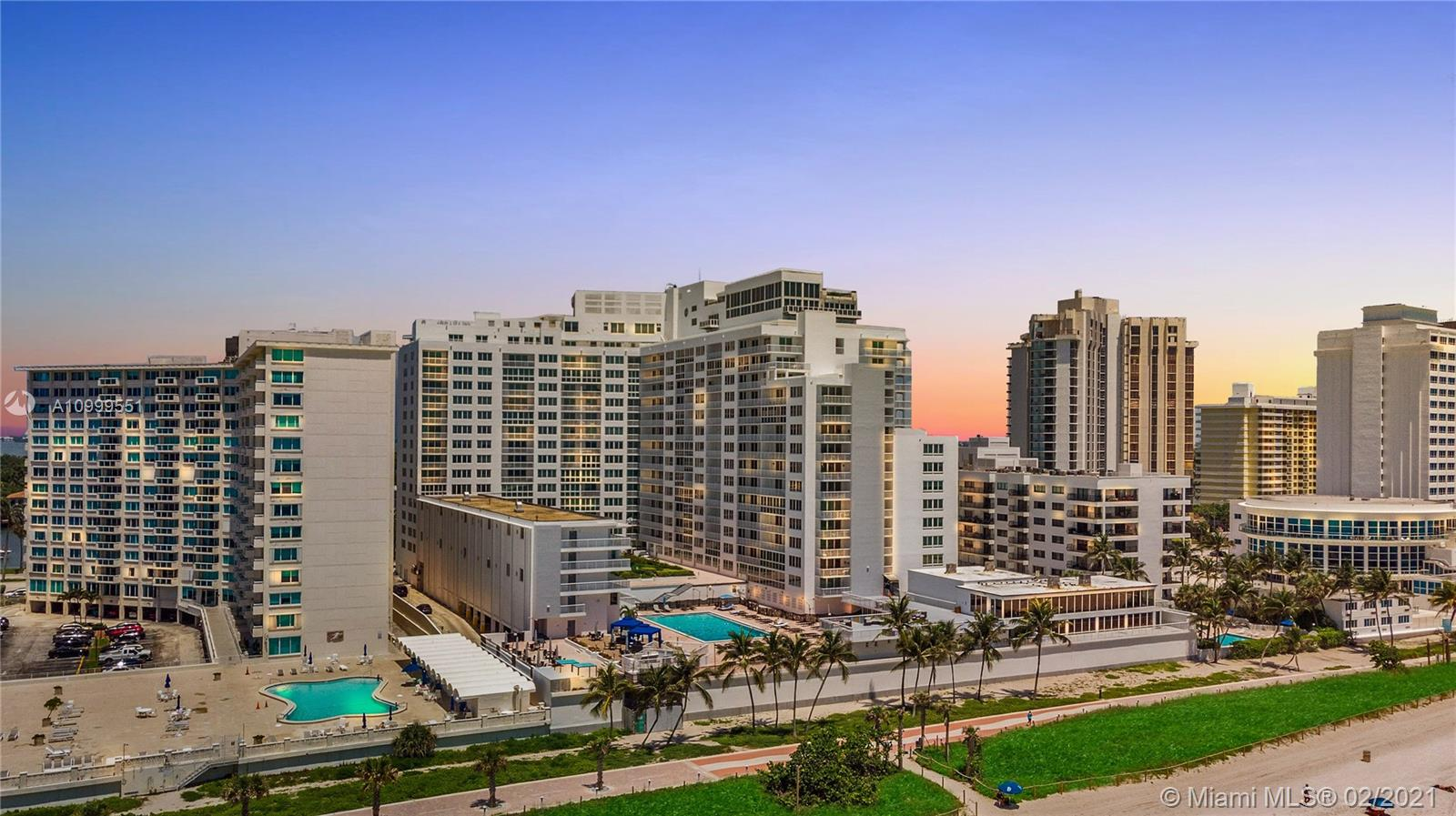 Carriage House #207 - 5401 Collins Avenue #207, Miami Beach, FL 33140